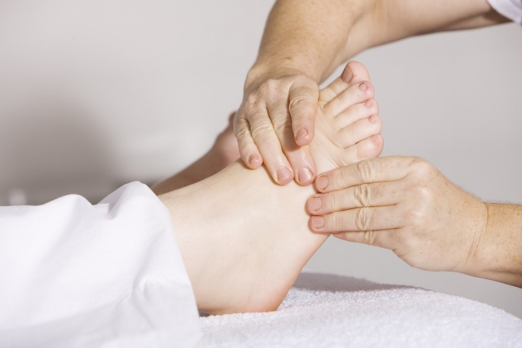 physiotherapy_2133286_1920.jpg