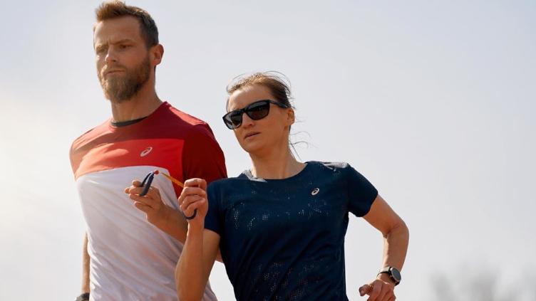 ASICS bada umysły biegaczy